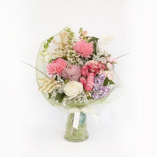 Deluxe bouquet of flowers