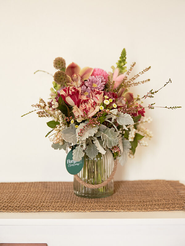 birthday flowers shown in home