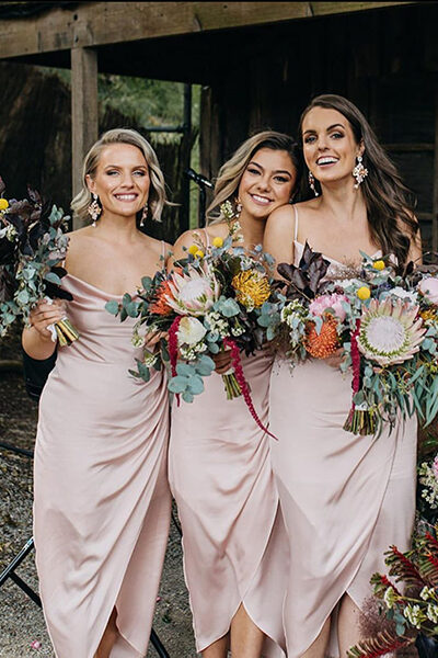 Bridesmaids native bouquets