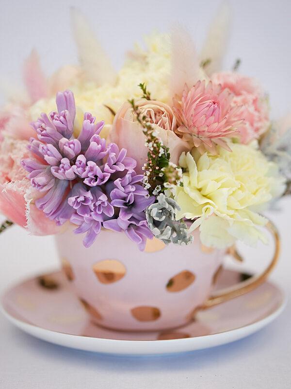 flowers in tea cup
